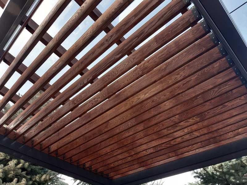 Пергола деревянная отдельностоящая с тентом